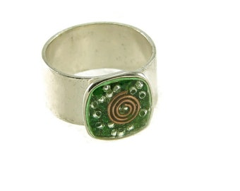 Orgone Energy Ring with Malachite - Small Cocktail Ring - Adjustable Ring - Orgone Energy Jewelry - Artisan Jewelry
