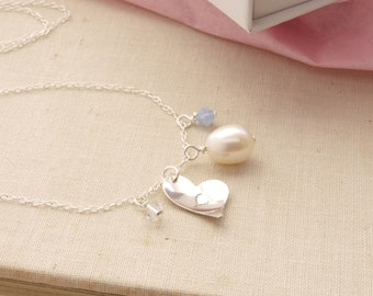 Personalised Pearl Bridesmaid Necklace Monogrammed Initial Silver Charm Bridal Necklace Wedding Jewelry Swarovski Crystal Gift