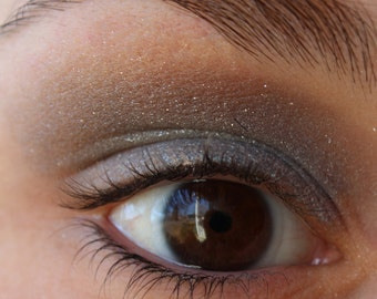 Mineral Eyeshadow - Metallic Gray Eyeshadow - Storm Cloud Shadow - Metallic Gray Eyeliner - Vegan Shadow- Vegan Makeup