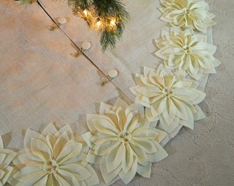 """65""""  BurlapTree skirt in ivory with gold threads and  Ivory hand cut and sewn poinsettias. *FREE SHIPPING*"""