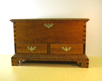 Tiger Maple Miniature Blanket Chest with Drawers and Till
