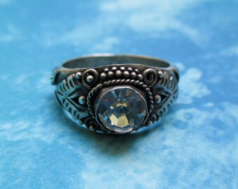 Vintage Sterling Silver Ring with Crystal