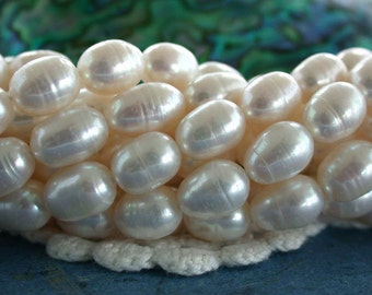 Fresh Water Pearls, Winter White Fresh Water Pearls, Heirloom White Pearls, Rice Shape Fresh Water Pearls FWP-057