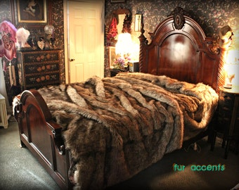 Faux Fur Bed Spread / Black Tip Wolf / Coyote / Faux Fur  / Throw Blanket / All New Sizes