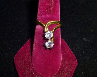 Vintage Faux Diamond and Gold Womens Large Dinner Ring size 7