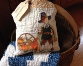 Primitive Thanksgiving pillow tuck~ Pilgrim & turkey~ prim decor~ Fall~ Autumn~Vintage Quilt~ Cheddar