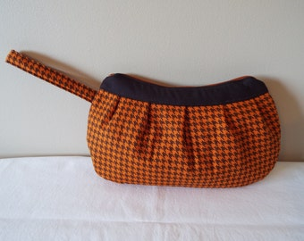 Buttercup Zipper Clutch Bag Purse, Pouch, Cosmetic Bag, Makeup Bag, Clutch, Buttercup Bag, brown, Orange, houndstooth