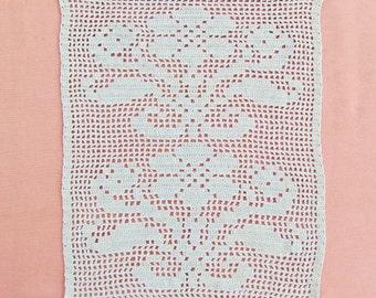 Antique crocheted Art Nouveau panel, ecru filet crochet panel for pillow top, chair back protector, or doily