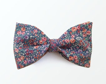 Men's Bow Tie, Liberty London Style Floral Print and Lilac Vintage Wine Reversible Self Tie Bow Tie / READY TO SHIP