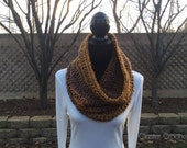 Vintage Hooded Cowl Infinity Neck Warmer Circle Snood Scarf Soft Cluster Crochet
