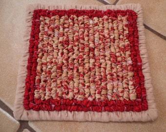 Home Spun Christmas Trivet, Old Red Print Fabric Trivet, Mini Micro Wave Pot Holder, Christmas Gift , Stocking Stuffer, Locker Hooked Mat