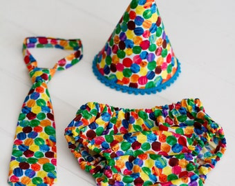 Listing for Sydni - Boys or Girls Very Hungry Caterpillar Polka Dot Birthday or Cake Smash Set of Diaper Cover, Hat and Tie & Photography Pr