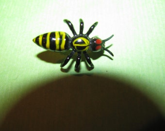 Vintage Black With Yellow Stripped Red Eyes Fly Bug Brooch Pin