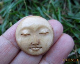 25 mm Carved Moon Face, Buffalo Bone Cabochon Hand Carving,   Embellishment, Flat back, Jewelry making Supplies S3972