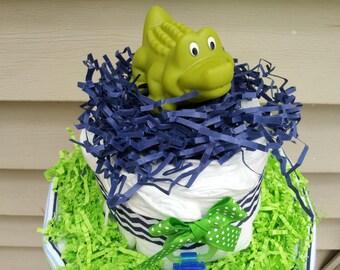 ALLIGATOR 2 Tier diaper cake