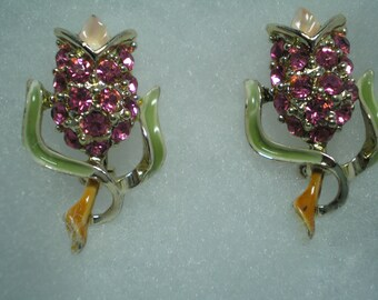 1970s Pink Flower Scatter Pins