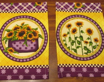 Sunflower Bouquet on Purple Pot Holders