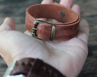 Vintage Style bracelet/ Red brown distressed genuine cow leather bracelet