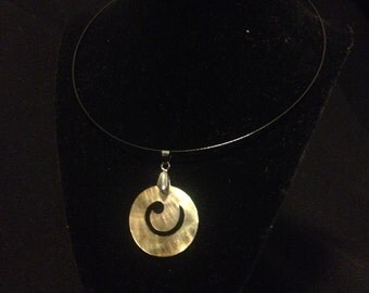 Shell coin choker necklace