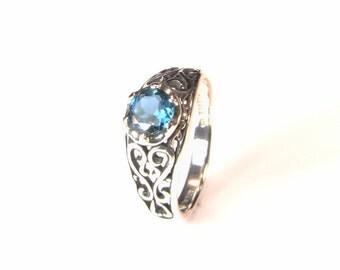 London Blue Topaz, Round Cut, 6mm x 0.85 Carat, Sterling Silver Ring