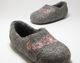 Felt wool slippers  for children Roses - Felted neutral gray organic wool - home shoes - baby slippers - toddler clogs