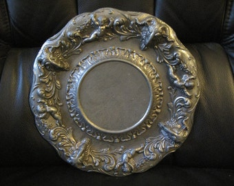 antique plate Rococo Baroque metal Diameter 22 cm very good condition