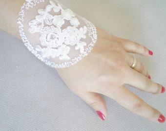 Pearl Bracelet, Bride Wedding Jewelry, Women Jewelry, Wedding Bracelet, Wedding Cuff, flower girl, Wedding gift ideas, Handmade Bracelet