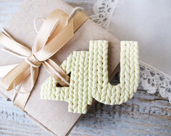 For you personal Gift tag in knitting texture For decorating gift packaging 4U