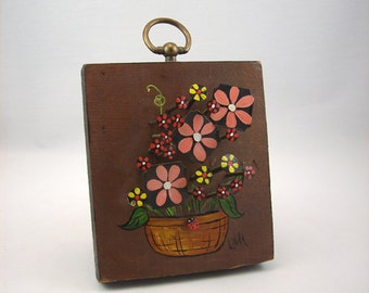 Vintage Nail Art Plaque 1970s Mod Flowers Wall Hanging