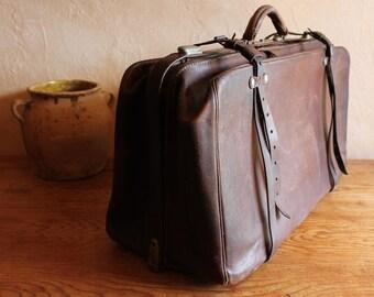 Antique leather travel bag, circa 1920