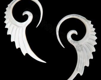 6G Pair Mother of Pearl Micro Seraphim Spiral Gauged Earring Plugs Organic Body Piercing Jewelry 6 gauge