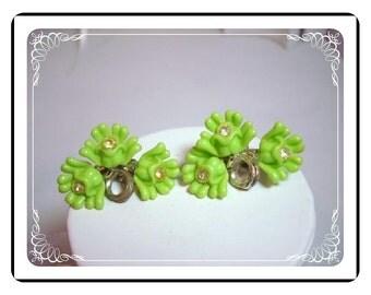 Lucite Flower Clip-on Earrings Swirl of Lime Green    E384a-040812000