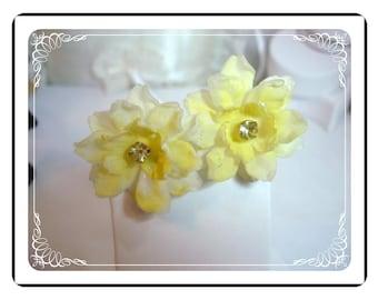 Sunshine Yellow Earrings - Vintage Floral Beauty's  E441a-040812000