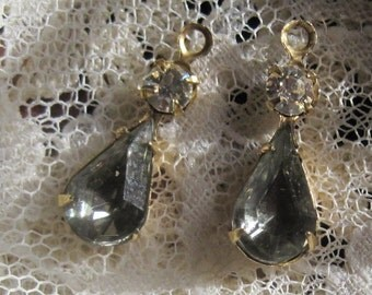22MM Black Diamond  2 Stone Brass Rhinestone Pear Teardrop 1 Ring Drop