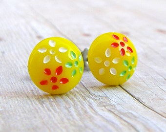 Daisy Trio in Yellow - vintage glass button post earrings