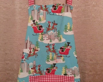 Ladies Apron with Cats and Dogs Riding in Santa's Sleigh