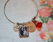 Custom Photo Charm Bangle Charm Bracelet, Wire Cuff with Photo Charm Pendant, Hand Stamped Tag, Personalized 50th Birthday, Valentine Gift