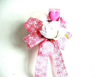Pink and white Valentine's day bow/ Gift wrap bow/ Large bow for gift wrapping/ Valentine holiday bow/ Valentine gift decoration (V48)