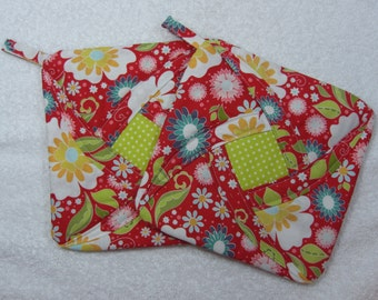 Everyday Pot Holder Quilted Hot Pad or Trivet Quilted Pot Holder Trivet set of 2 Ready to Ship