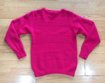 vintage 1980s pink Oscar de la Renta lambswool & angora sweater. retro clothing.