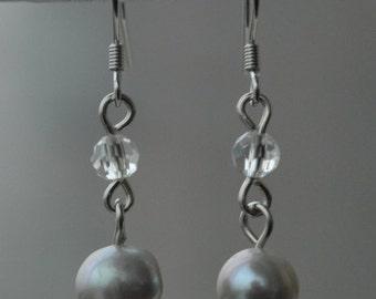 gray pearl earing,dangle pearl earrings, wedding earring,bridemaid earring,real pearl earring, bride earrings,freshwater pearl with crystal