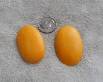 Vtg RETRO Pierced Earrings-Big Daisy Yellow Wooden Ovals- R3821