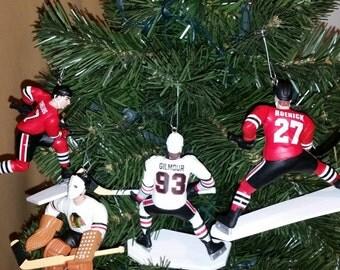 Jeremy Roenick Doug Gilmore Chris Chelios Jeremy Roenick Tony Esposito Blackhawks SEE DESCRIPTION hockey christmas sports ornament