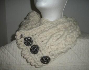 Cream Crocheted Cowl