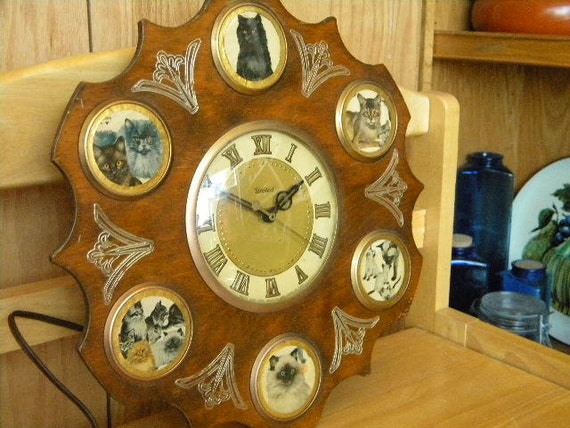 Vintage United Clock Corporation Wood Cat By
