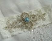 Off White lace Bridal Garter, Vintage Keep Garter,Something Blue Keepsake Garter