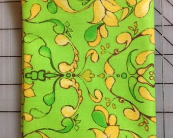 Tina Givens Olivia's Holiday - Fat Quarter - Winks in Green 100% cotton