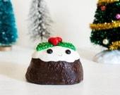Happy Plum Pudding Sculpture