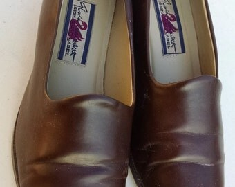 Gloria Vanderbuilt  Becky,  Brown  Slip-On Shoes, Size 10M, ECS
