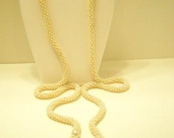 Vintage Faux Pearl Lariat Tassel Necklace (4682)